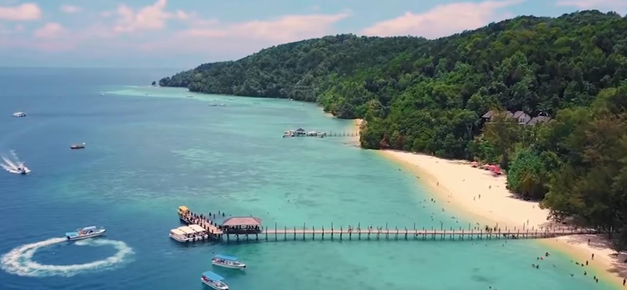 7 Tempat Terindah Dengan Air Terjernih Di Dunia