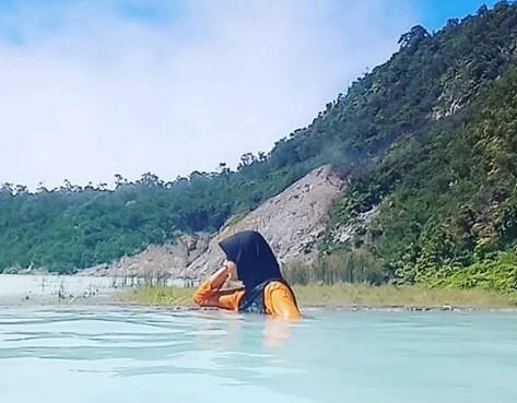 Kawah Talaga Bodas Garut, Lokasi Dan Harga Tiket Masuk