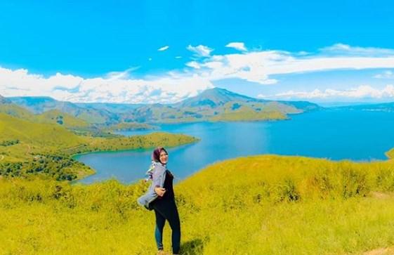 Bukit Holbung Samosir, Pemandangan Hijau Yang Indah