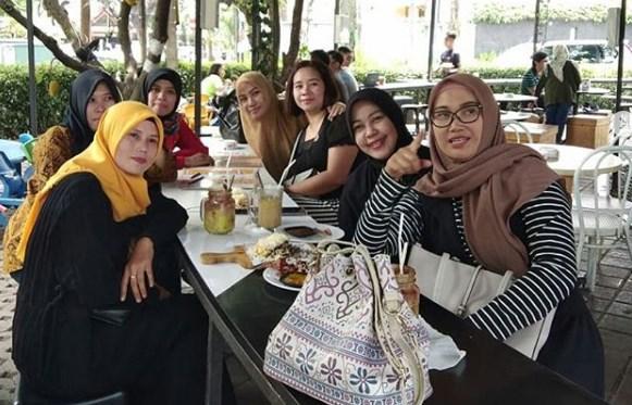16 Tempat Nongkrong Di Bandung Yang Murah Dan Keren