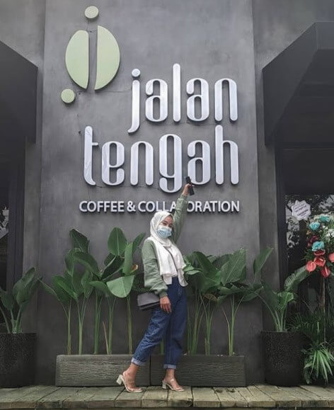Cafe Jalan Tengah Pasuruan - Review Lokasi dan Harga Menu